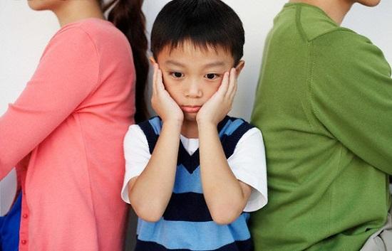 Những đứa trẻ tuổi thơ bất hạnh